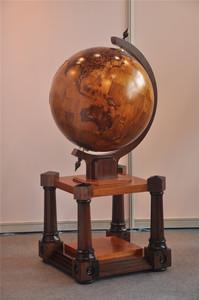 从事木质地球仪,教育类地球仪,标准图地球仪的生产与研发